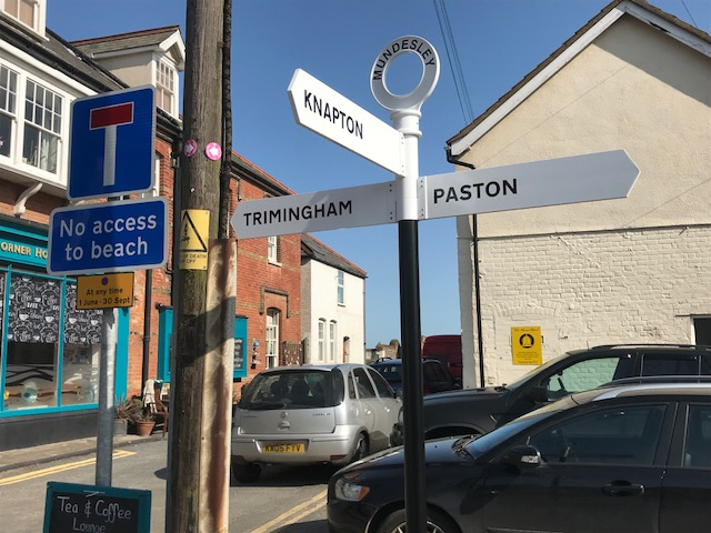 New directional signs at Town End Mundesley